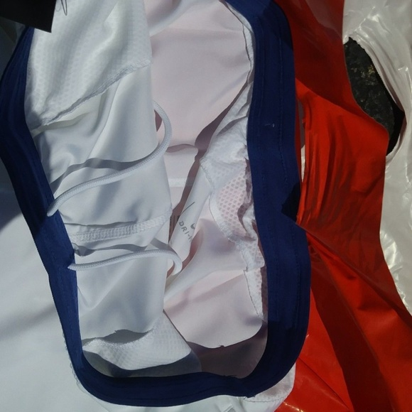 new style 35d36 e4130 Nike New York Giants White Color Rush shorts odell
